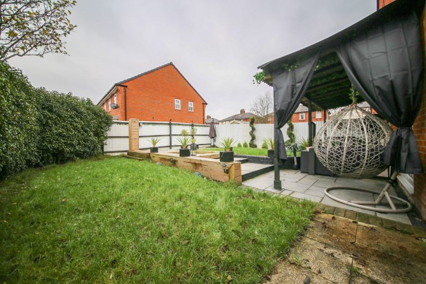 House For Sale in Cedar Gardens, Newton-le-Willows | Jump-Pad – Newton-le-Willows - 17