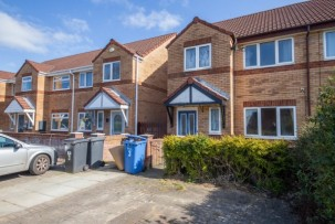 House to Let in Warrington