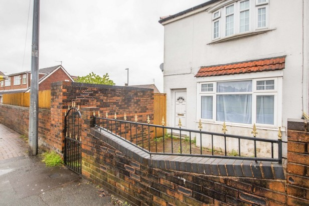 House For Sale in Fleet Lane, St. Helens | Jump-Pad – Newton-le-Willows - 1