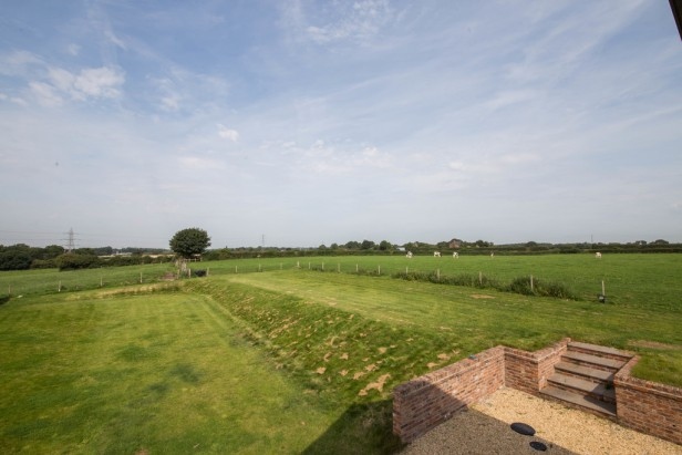 House For Sale in Tabley Hill Lane, Tabley   Jump-Pad – Newton-le-Willows - 21