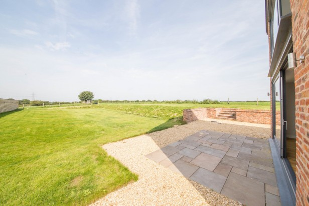 House For Sale in Tabley Hill Lane, Tabley   Jump-Pad – Newton-le-Willows - 28