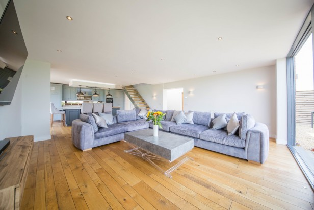 House For Sale in Tabley Hill Lane, Tabley   Jump-Pad – Newton-le-Willows - 3