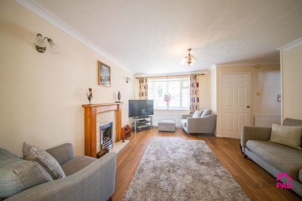 House For Sale in The Copse, Newton-le-Willows | Jump-Pad – Newton-le-Willows - 3