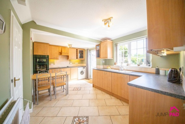 House For Sale in The Copse, Newton-le-Willows | Jump-Pad – Newton-le-Willows - 4
