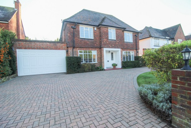 House To Rent in Heath Drive, Sutton   Jump-Pad – Newton-le-Willows - 1
