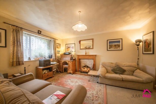 Apartment For Sale in Charnwood Close, Birchwood | Jump-Pad – Newton-le-Willows - 2