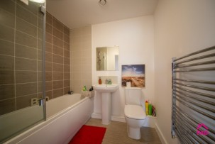 Apartment To Rent in Rose Creek Gardens, Great Sankey | Jump-Pad – Newton-le-Willows - 8