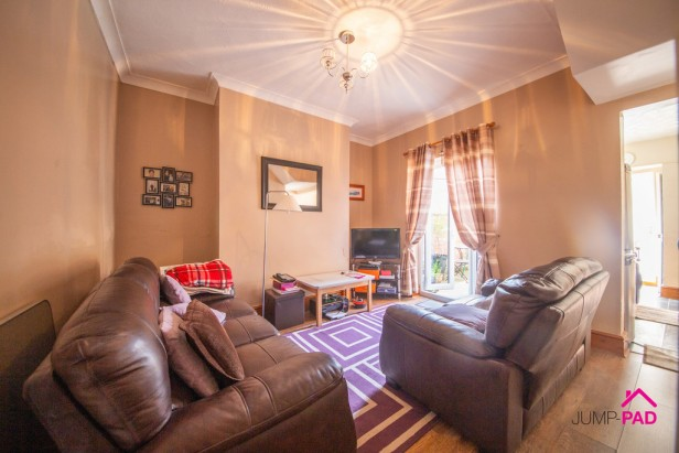 House For Sale in Hope Street, Newton-le-Willows | Jump-Pad – Newton-le-Willows - 3