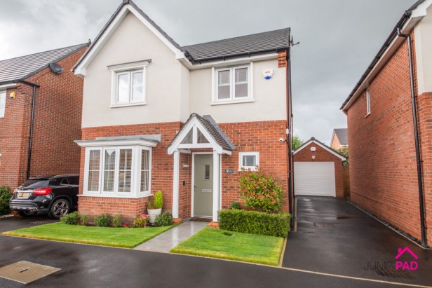 House For Sale in Southmead, Lowton | Jump-Pad – Newton-le-Willows - 1