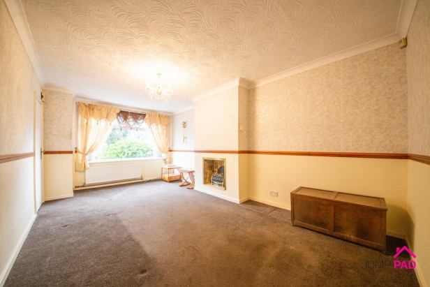 Bungalow For Sale in Patterson Street, Newton-le-Willows   Jump-Pad – Newton-le-Willows - 2