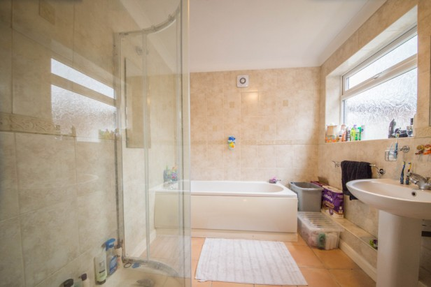 House For Sale in Wargrave Road, Newton-le-Willows | Jump-Pad – Newton-le-Willows - 6