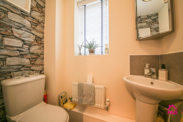 House For Sale in Peninsula Drive, Newton-le-Willows   Jump-Pad – Newton-le-Willows - 9