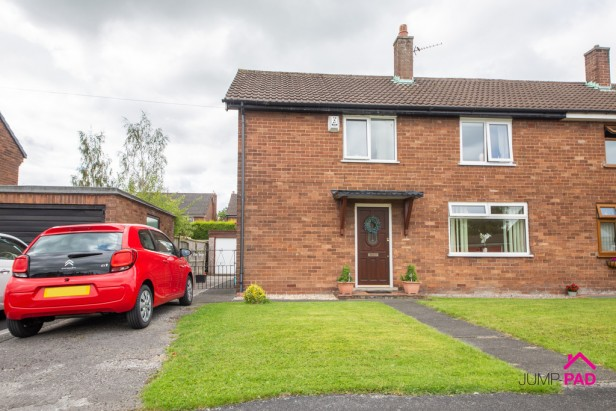 House For Sale in Glebeland, Culcheth | Jump-Pad – Newton-le-Willows - 1