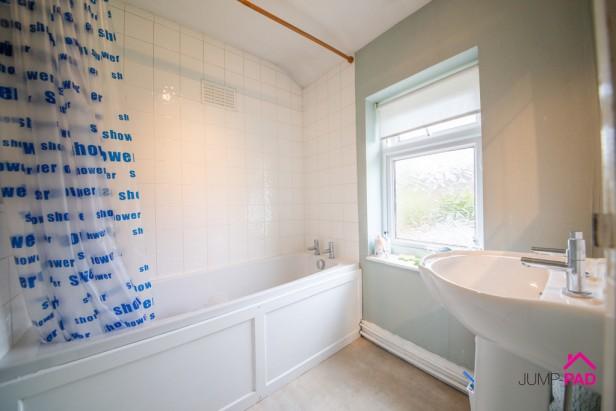 House For Sale in Glebeland, Culcheth | Jump-Pad – Newton-le-Willows - 7