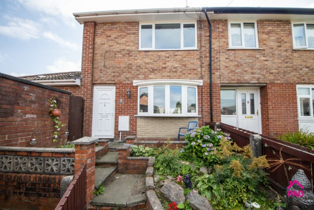 House For Sale in Denison Grove, Thatto Heath   Jump-Pad – Newton-le-Willows - 1