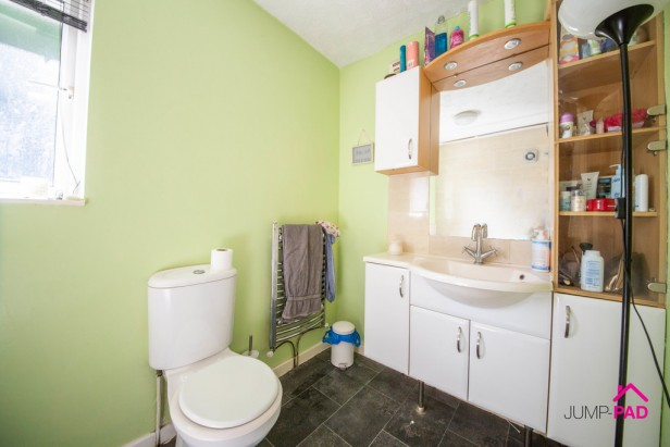 House For Sale in Denison Grove, Thatto Heath   Jump-Pad – Newton-le-Willows - 11