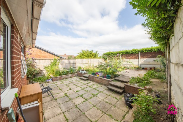 House For Sale in Denison Grove, Thatto Heath   Jump-Pad – Newton-le-Willows - 13