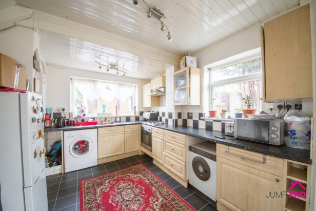 House For Sale in Denison Grove, Thatto Heath   Jump-Pad – Newton-le-Willows - 6