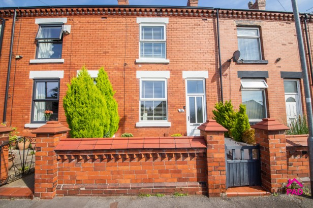 House For Sale in Highfield Avenue, Golborne | Jump-Pad – Newton-le-Willows - 1