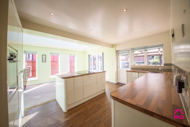 Bungalow To Rent in Heath Road, Ashton-in-makerfield | Jump-Pad – Newton-le-Willows - 2