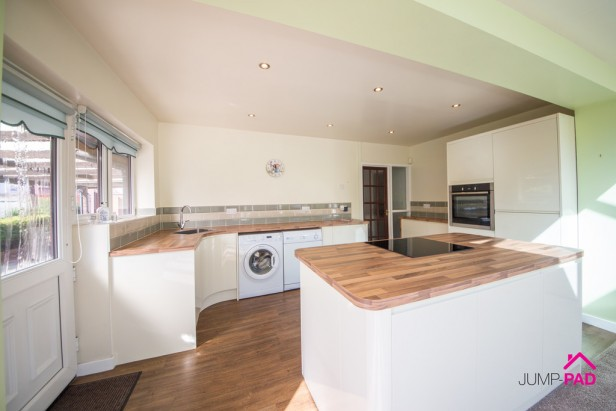 Bungalow To Rent in Heath Road, Ashton-in-makerfield | Jump-Pad – Newton-le-Willows - 4
