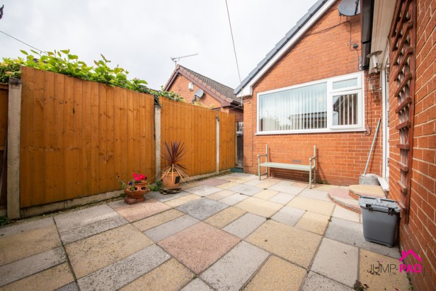 Bungalow For Sale in Liverpool Road, Haydock   Jump-Pad – Newton-le-Willows - 11