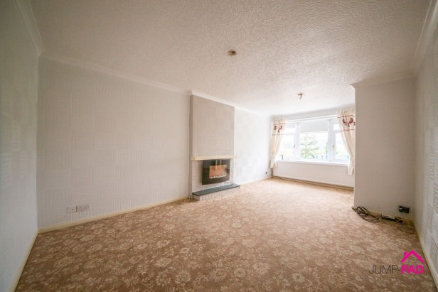 Bungalow For Sale in Liverpool Road, Haydock   Jump-Pad – Newton-le-Willows - 2