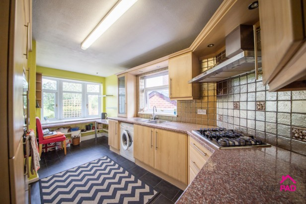 Bungalow For Sale in Liverpool Road, Haydock   Jump-Pad – Newton-le-Willows - 4