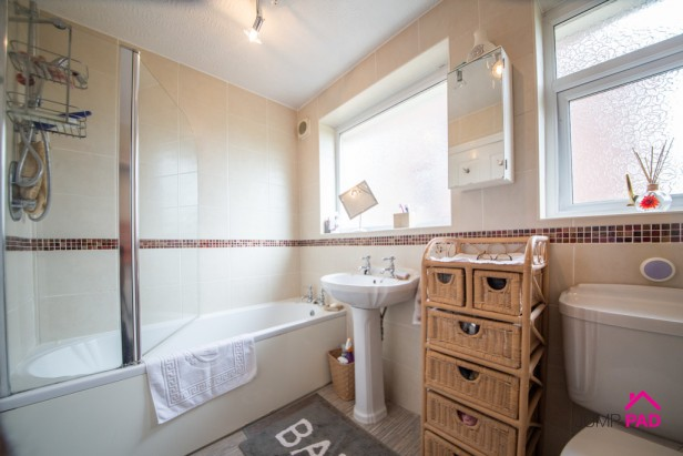 Bungalow For Sale in Liverpool Road, Haydock   Jump-Pad – Newton-le-Willows - 8