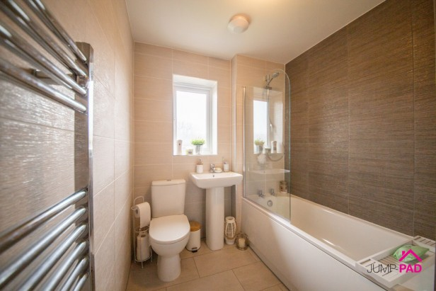 House For Sale in Brimstone Drive, Newton-le-Willows | Jump-Pad – Newton-le-Willows - 14