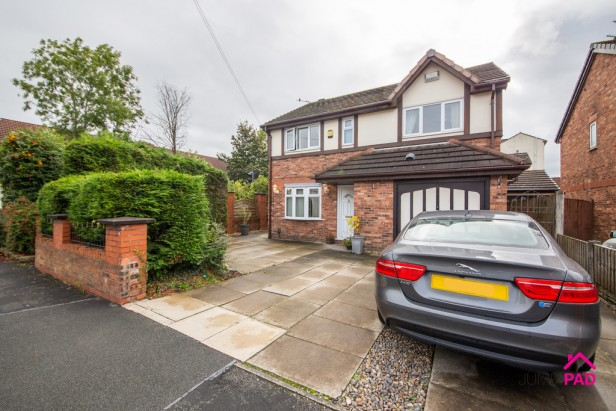 House For Sale in Bradlegh Road, Newton-le-Willows | Jump-Pad – Newton-le-Willows - 1