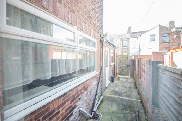 House To Rent in Fairclough Street, Burtonwood | Jump-Pad – Newton-le-Willows - 12