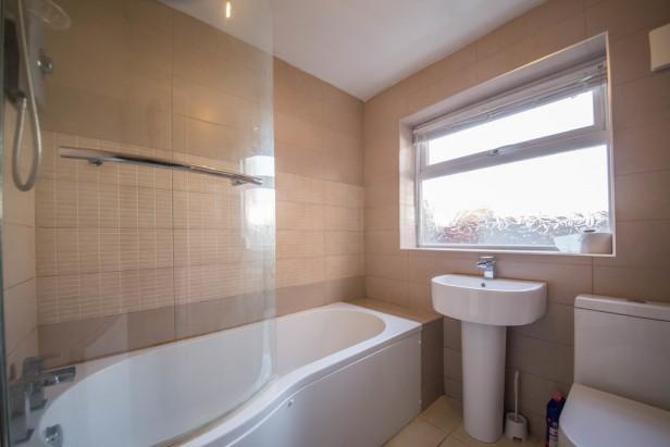 House To Rent in Fairclough Street, Burtonwood | Jump-Pad – Newton-le-Willows - 8