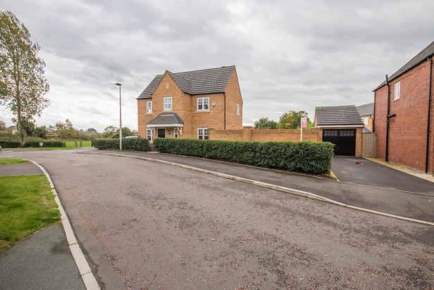 House For Sale in Massey Close, Newton-le-Willows | Jump-Pad – Newton-le-Willows - 2