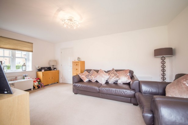 House For Sale in Massey Close, Newton-le-Willows | Jump-Pad – Newton-le-Willows - 9