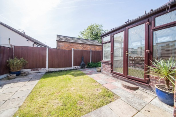 Bungalow For Sale in Crow Lane West, Newton-le-Willows | Jump-Pad – Newton-le-Willows - 15