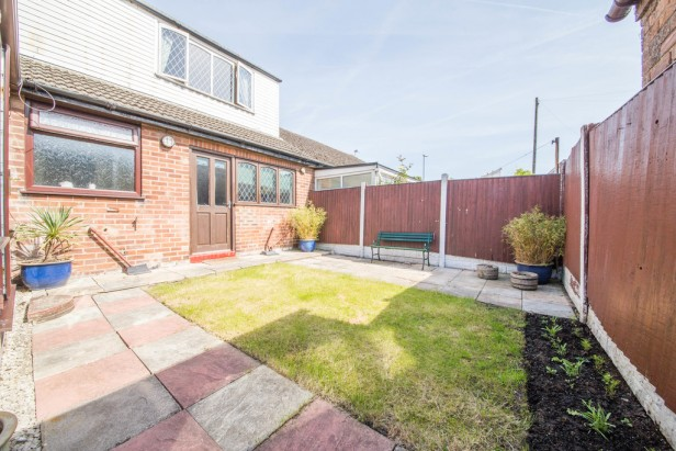 Bungalow For Sale in Crow Lane West, Newton-le-Willows | Jump-Pad – Newton-le-Willows - 16