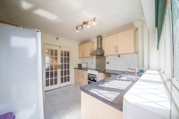 Bungalow For Sale in Crow Lane West, Newton-le-Willows | Jump-Pad – Newton-le-Willows - 4