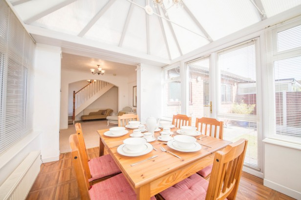Bungalow For Sale in Crow Lane West, Newton-le-Willows | Jump-Pad – Newton-le-Willows - 9
