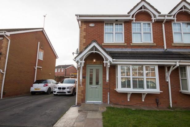 House For Sale in Borron Road, Newton-le-Willows | Jump-Pad – Newton-le-Willows - 1