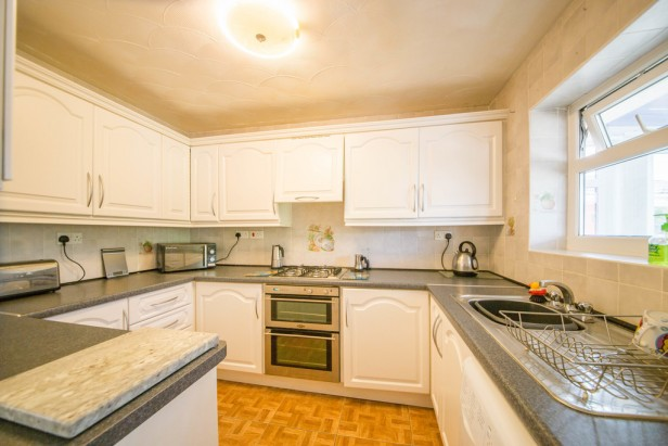 Bungalow For Sale in Rothwell Road, Golborne | Jump-Pad – Newton-le-Willows - 6