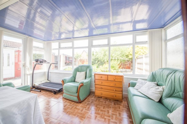 Bungalow For Sale in Rothwell Road, Golborne | Jump-Pad – Newton-le-Willows - 7