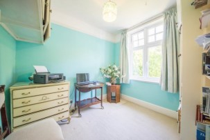 House For Sale in Timber Hill Road, Caterham | Jump-Pad – Newton-le-Willows - 28