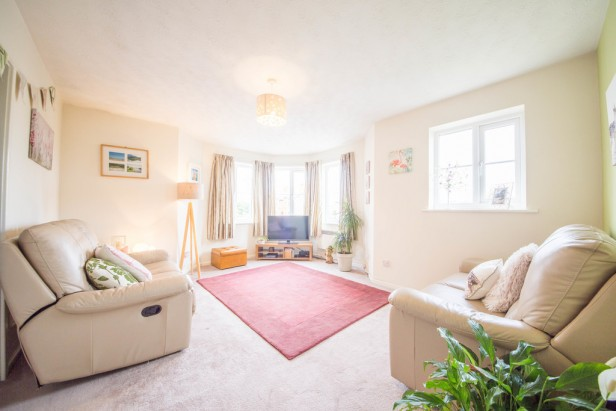 Apartment For Sale in Dean Meadow, Newton-le-Willows | Jump-Pad – Newton-le-Willows - 3