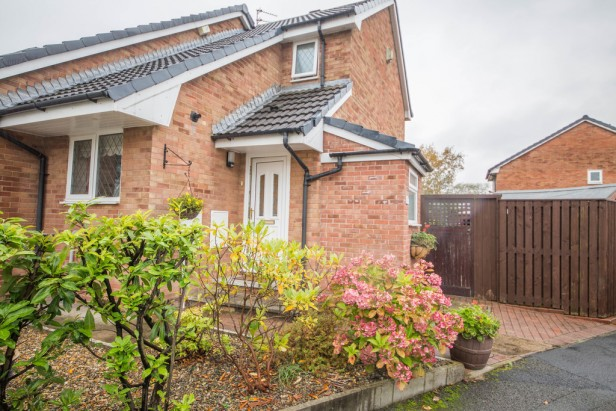 House For Sale in Greenshank Close, Newton-le-Willows | Jump-Pad – Newton-le-Willows - 1