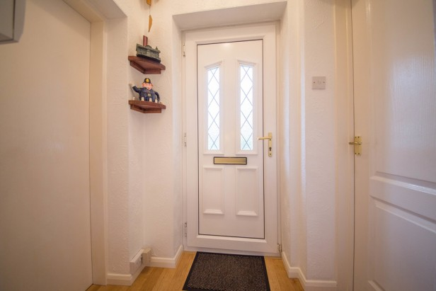 House For Sale in Greenshank Close, Newton-le-Willows | Jump-Pad – Newton-le-Willows - 2