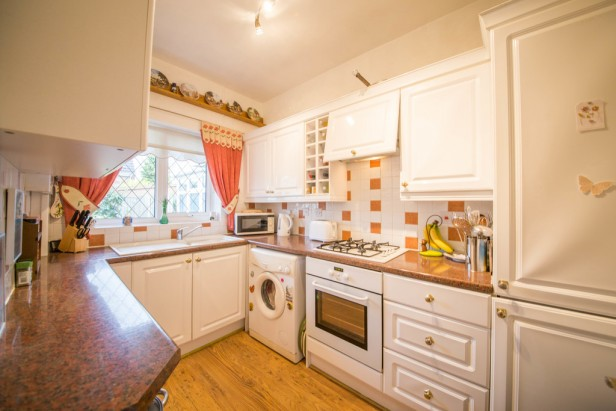 House For Sale in Greenshank Close, Newton-le-Willows | Jump-Pad – Newton-le-Willows - 3