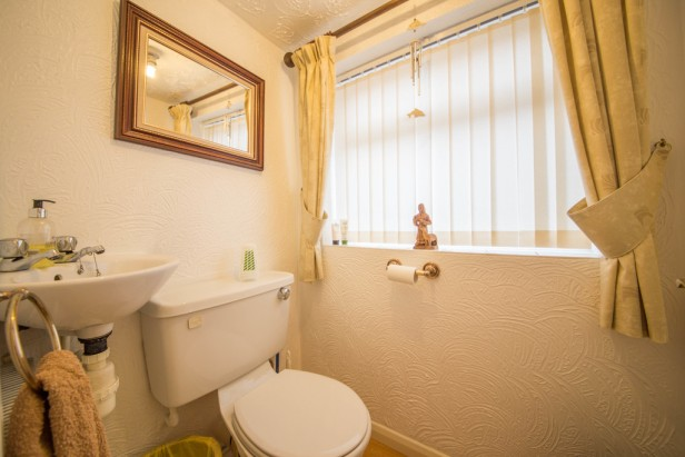 House For Sale in Greenshank Close, Newton-le-Willows | Jump-Pad – Newton-le-Willows - 6