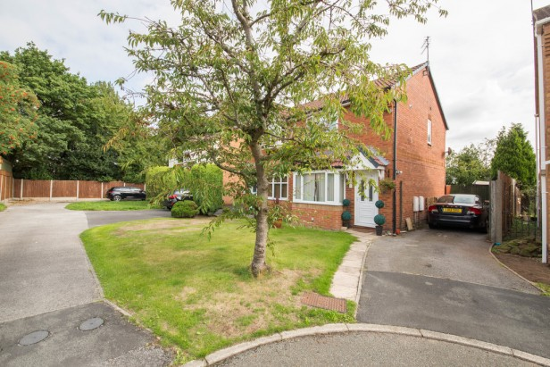 House To Rent in Dean Meadow, Newton-le-Willows | Jump-Pad – Newton-le-Willows - 1