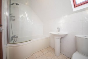 Bungalow For Sale in Rob Lane, Newton-le-Willows | Jump-Pad – Newton-le-Willows - 14